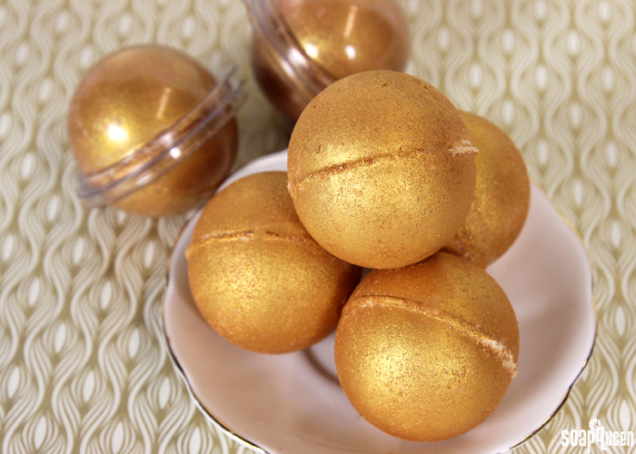 These Midas Touch Bath Bombs are made with skin loving cocoa butter and smell just like a mimosa!