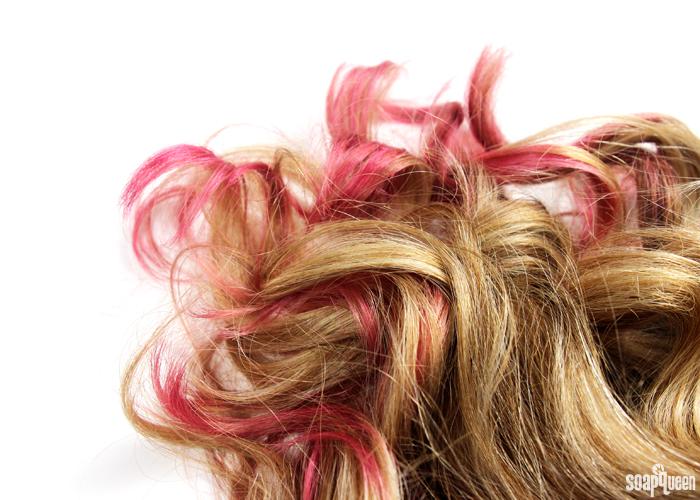 http://www.soapqueen.com/wp-content/uploads/2015/10/Curls.jpg