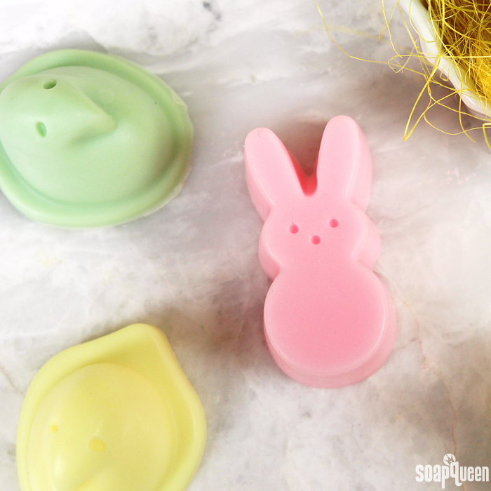 Learn how to create adorable chicks and bunnies soap in this step by step tutorial. Made out of goat milk soap base, they look just like Peeps!