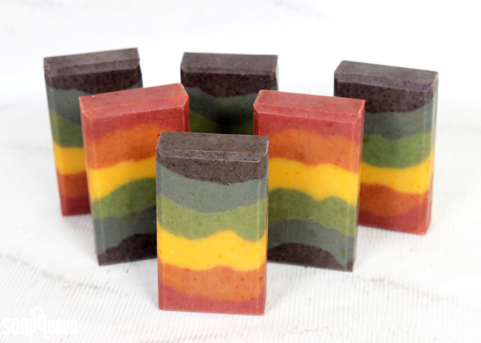 Learn how to create rainbow soap using only natural colorants, such as spirulina powder, indigo and madder root powder.
