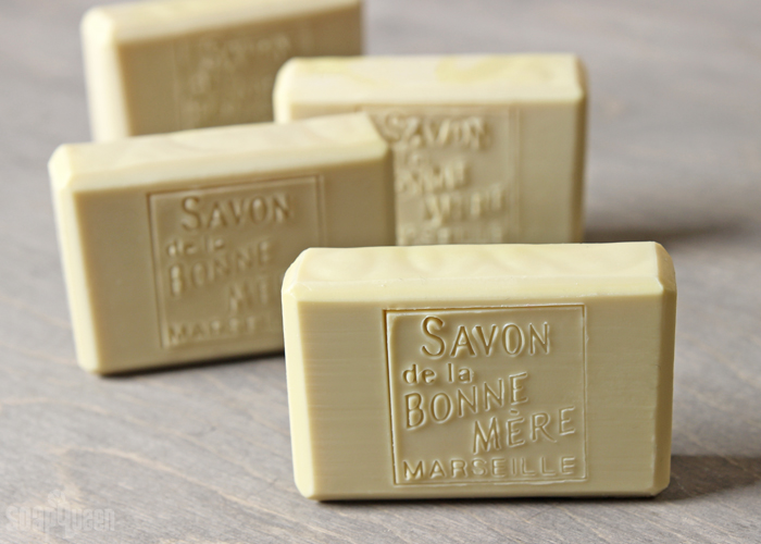 Simple Castile Cold Process Soap DIY // Learn how to make soap with 100% olive oil. Castile soap is extremely gentle and great for sensitive skin.