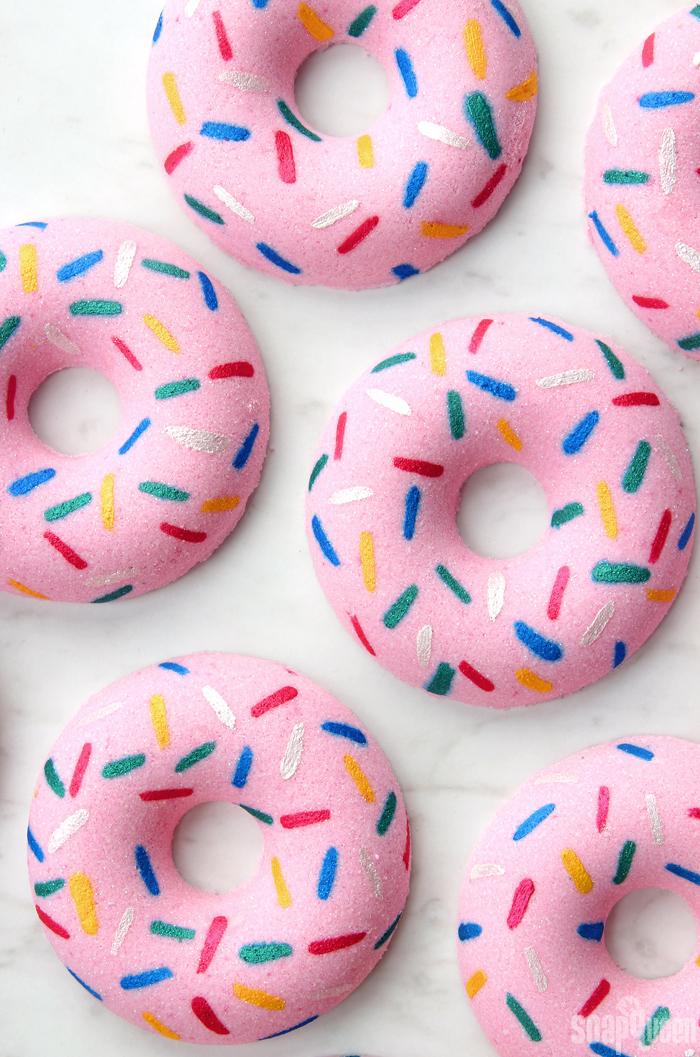 DIY Sprinkle Doughnut Bath Bombs