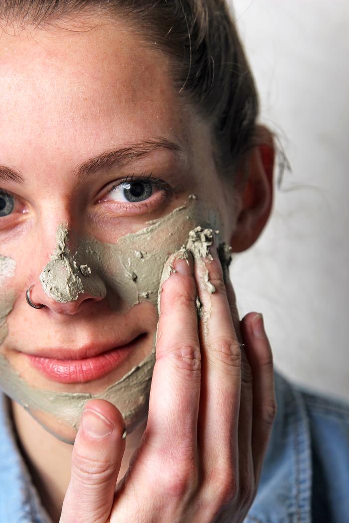 DIY Sea Clay Face Mask