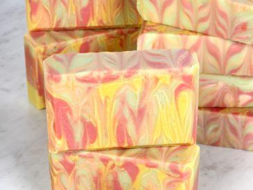 Honeycrisp Apple Soap DIY