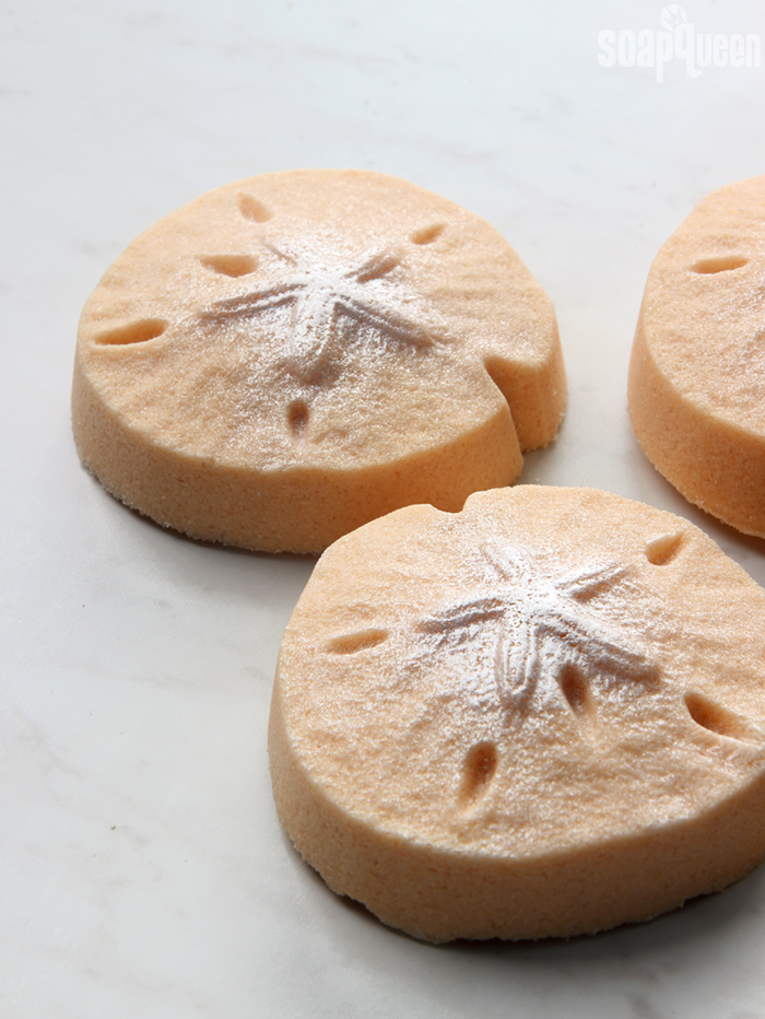 Sand Dollar Bath Bomb DIY