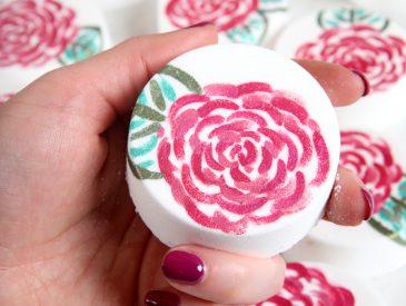 Rose Painted Bath Bomb DIY