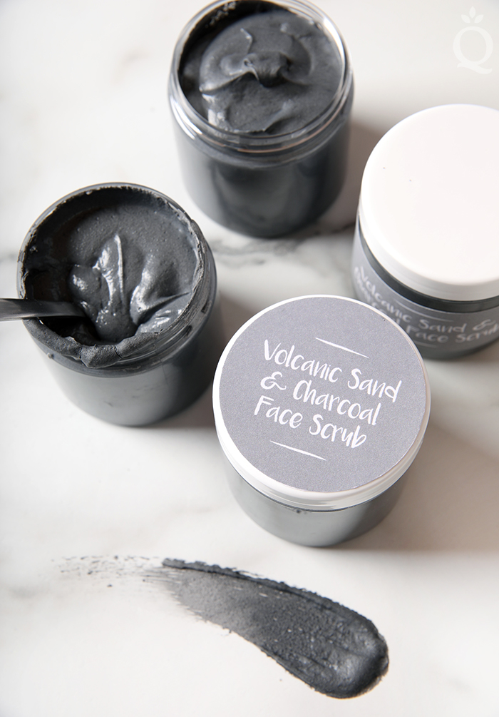Volcanic Sand & Charcoal Scrub3_700px