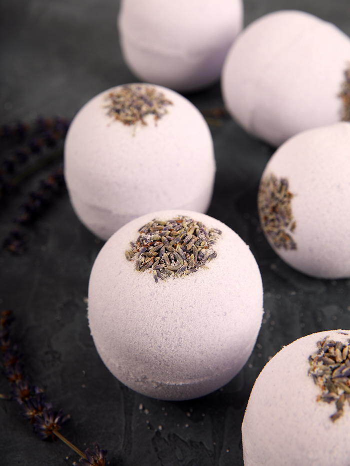 Relaxing Lavender Bath Bombs2_700px